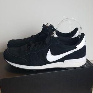 Nike Internationalist Sneakers Size 10 NEW